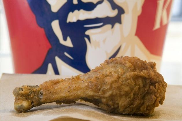 Sma�ená ku�ecí stehýnka v restauraci KFC