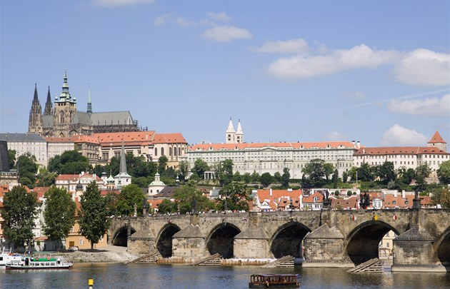 Pra�ský hrad a Karl�v most