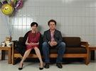 Tilda Swintonová a  John C. Reilly ve filmu Musíme si promluvit o Kevinovi
