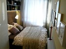 Rodiče se smířili s menším pokojem, bohužel postel je tak přístupná z jediné