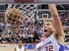 Blake Griffin z LA Clippers ve sv� obvykl� podob� - jako sme�a�.