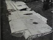 Il-18 OK-OAD. Utržená směrovka havarovaného letadla.