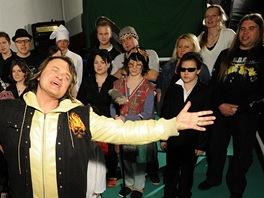 Vilém Čok natáčel klip k písni Zachraňte Ježíška (26. března 2012).