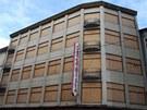Žalostný současný  stav módního domu Ostravica-Textilia v centru Ostravy. (30.