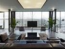Velké skleněné plochy jsou charakteristické pro celou stavbu. Umožňují