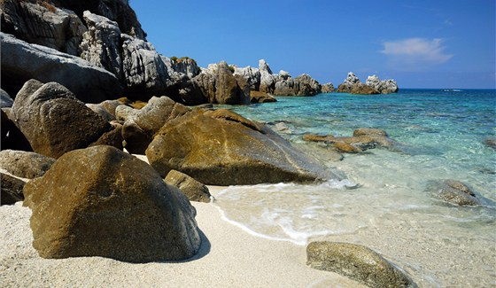Pláž Pizzuta nedaleko Tropei
