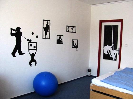 Na konci letního semestru musí být pokoje uvedené do původního stavu. Obrázky