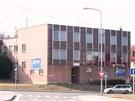 Budova bývalého J-klubu při pohledu od centra Nového Jičína.