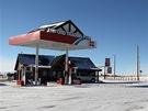 Městečko se nachází nedaleko wyomingské metropole Cheyenne. Rozkládá se na...