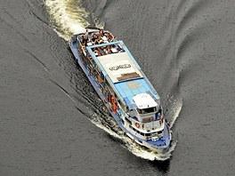 Jedna z výletních lodí na přehradě