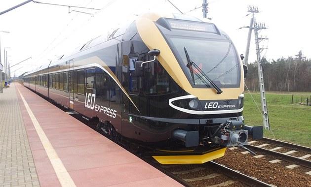 �erno�luté vlaky Leo Express si prodlou�í trasu a� do Bohumína. Ilustra�ní