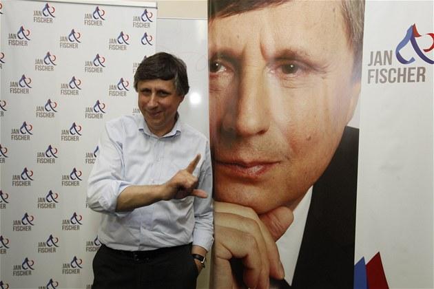 Bývalý premiér a prezidentský kandidát Jan Fischer otev�el svou volební...