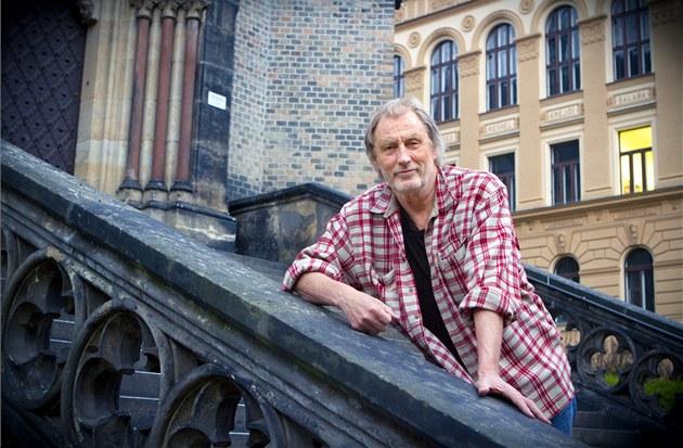 Norský noviná� Jon Magnus v Praze pátral po stopách masového vraha Anderse...