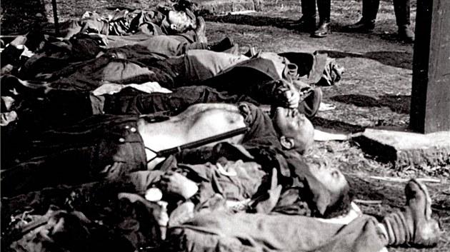 T�la N�mc� zmasakrovaných 10. kv�tna 1945 v náchodském pivovaru
