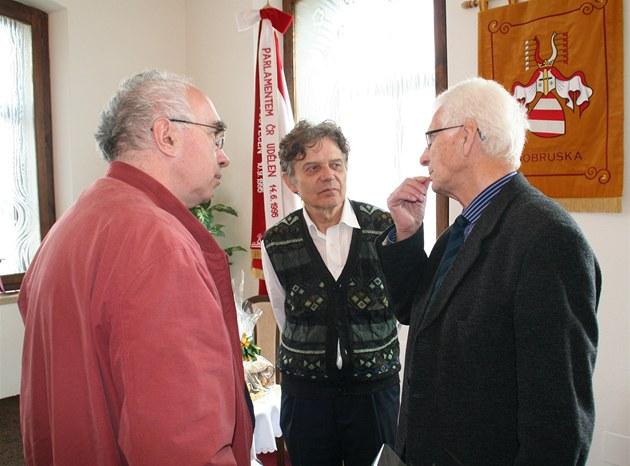 Pavel Kroupa, Alexander Tomský a Tomá� Ka�par v Dobru�ce (7. kv�tna 2012).