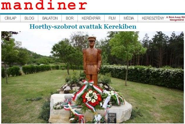 Pomník admirála Miklóse Horthyho v ma�arské vesni�ce Kereki