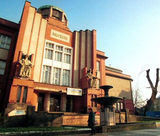 Muzeum východních �ech v Hradci Králové.