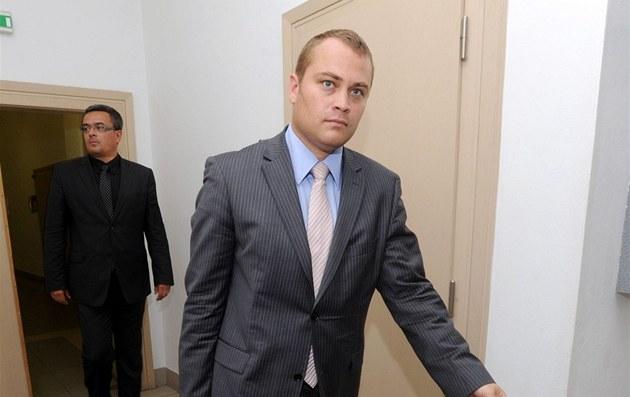 Advokát Davida Ratha Adam �erný na archivním snímku