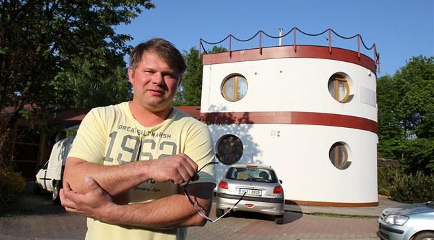 Majitel motorestu U rybi�ek u dálnice D1 Luká� Zají�ek nechápe, pro� by m�l