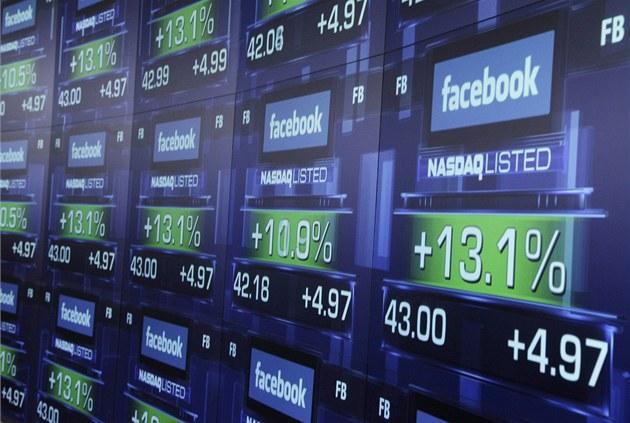 Akcie Facebooku na burze. Ilustra�ní snímek