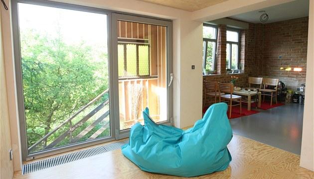 P�estavba ba�ovského p�ldomku ve Zlín� na moderní bydlení - práce je�t� zdaleka