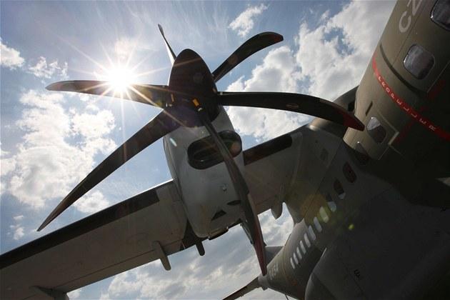 Na 3. ro�níku St�edomoravské letecké pouti na leti�ti v P�erov�-Bocho�i byla k