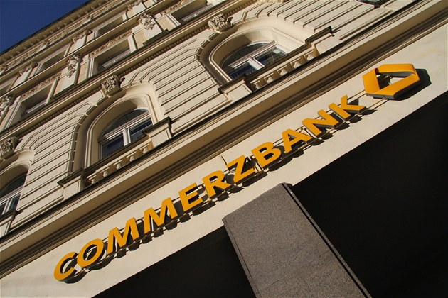 Commerzbank roz&#237;&#237; p&#233;i o firemn&#237; klienty ve stedn&#237; a v&#253;chodn&#237; Evrop
