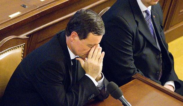 David Rath p�i jednání Poslanecké sn�movny o jeho vydání (5. �ervna 2012)
