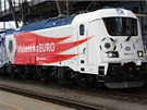 Zvláštní vlak Josef Masopust, který veze reprezentaci Česka na Euro 2012, je ve znamení jedenáctek. Lokomotiva 380 je 11 vyrobený kus, spoj odjel z Hlavního nádraží v 11:11