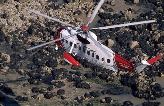 Italský pár zachránila po telefonátu lékárnice helikoptéra místní pob�e�ní