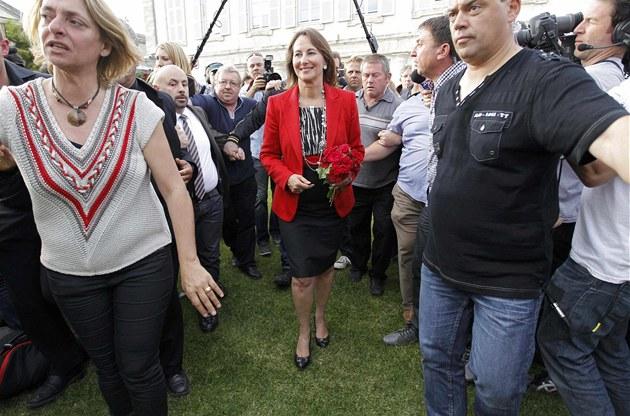 Ségolene Royalová, bývalá prezidentská kandidátka, oznámila prohru v druhém