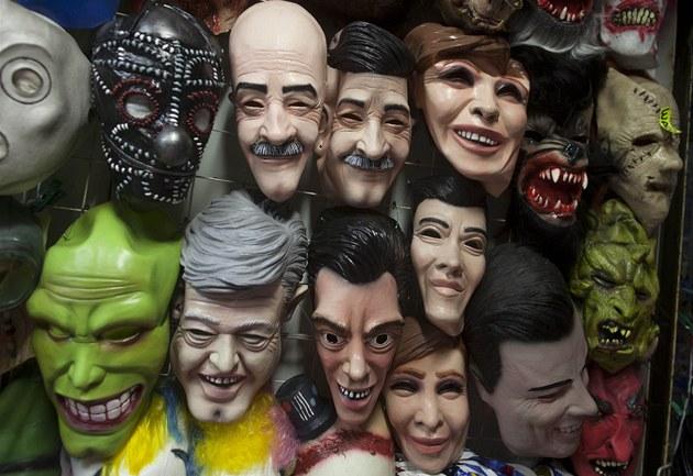 Masky prezidentských kandidát�, Mexico City 28. �ervna 2012