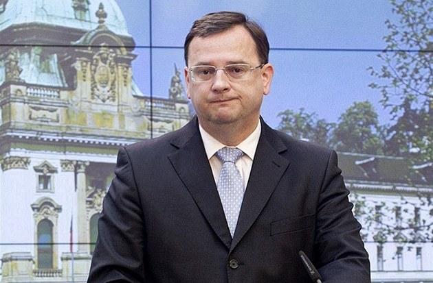Premiér Petr Ne�as na tiskové konferenci k sou�asné politické situaci (18.