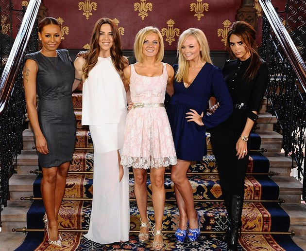Spice Girls:  Melanie Brownov&#225;, Melanie Chisholmov&#225;, Geri Halliwellov&#225;, Emma