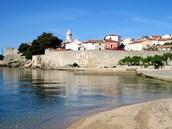 Chorvatsko, Krk.  Pár krok� od vstupu do historické �ásti m�sta se rozkládá...