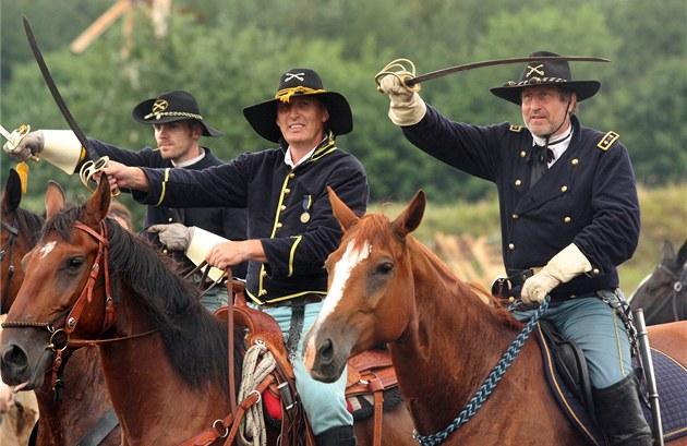 Václav Vydra si na indiánských válkách op�t zahrál proslulého generála Custera.