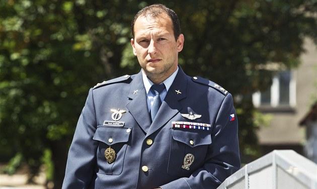 Podplukovník a pilot Karel Da�hel, klí�ový sv�dek v kauze letoun� CASA