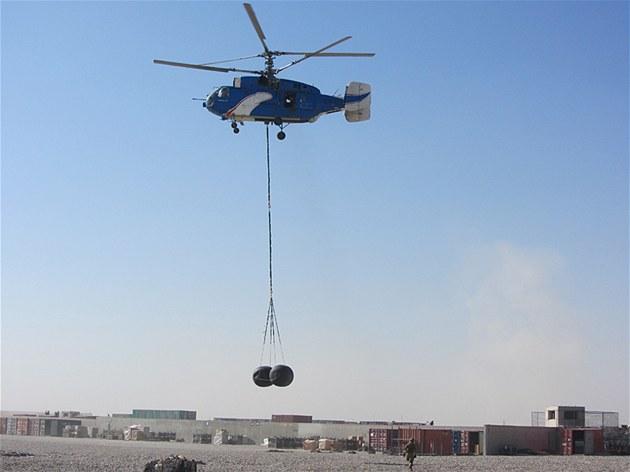 Ob�í koule pro zásobování jednotek v Afghánistánu