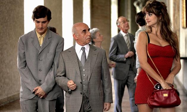 Penélope Cruzová ve filmu Do Říma s láskou