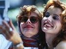 Susan Sarandonov� a Geena Davisov� ve filmu Thelma a Louise