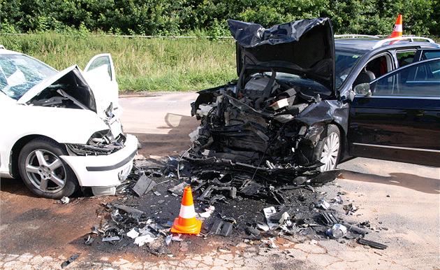 Po vá�né dopravní nehod� na silnici �íslo 159 mezi obcemi B�eznice a Týn nad