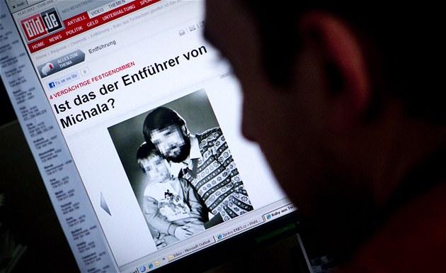 N�mecký deník Bild zve�ejnil fotografii únosce  t�ítýdenní Michaly z Trmic.