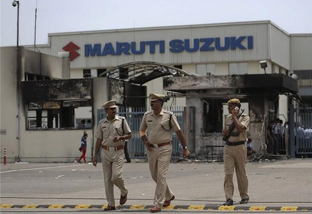 Nejv�t�í indická automobilka Maruti Suzuki byla nucena uzav�ít jednu ze svých