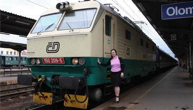 Markéta Búzková je jedinou �enou pracující u �eských drah jako strojvedoucí.