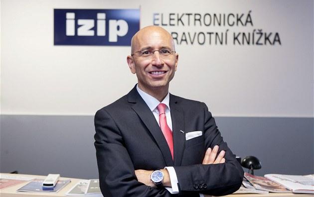 Zástupce akcioná�e firmy eHI, �výcarský advokát Thomas Ladner (18. �ervence