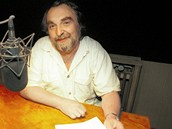Jaroslav Wykrent str�vil p�ed mikrofony u� stovky hodin.