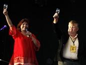 �editelka festivalu Zlata Holu�ov� a ��f V�tkovic Jan Sv�tl�k - Colours of Ostrava 2012, den prvn�