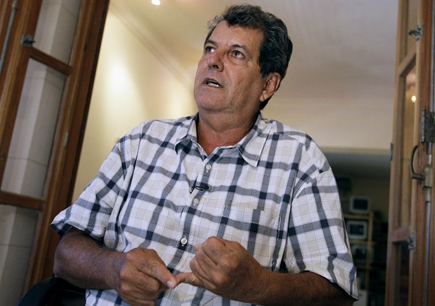 Na Kub� zem�el známý disident Oswaldo Payá.