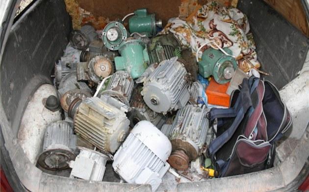 Motory z vep�ína v Choustníkov� Hradi�ti