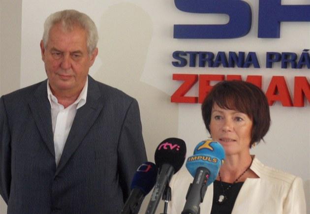 Milo� Zeman získal posilu v �SSD. Senítorka Ji�ina Rippelová bude u� na podzim